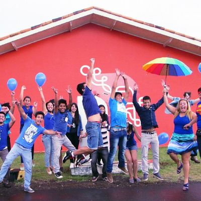 Unila Pti Brasil Azul Blue People Jump Happy