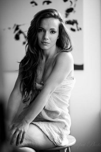 Experiment with a new lens. Beauty Model Porttrait Black & White