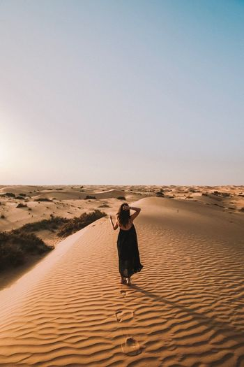 Girl Solo Traveler! Desert Beauty EyeEm Selects Sand Sand Dune Desert Arid Climate An Eye For Travel Landscape Nature Beauty In Nature Outdoors
