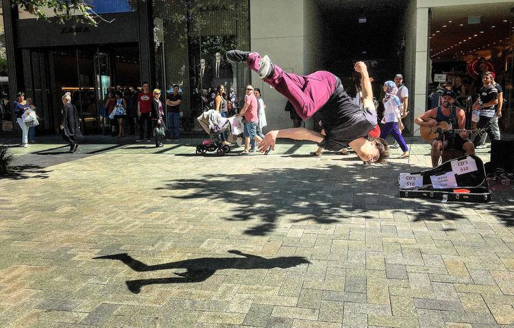 IPS2016street Street entertainment