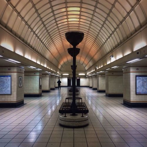 // Back to the future // London London Underground Symmetry Perspectives