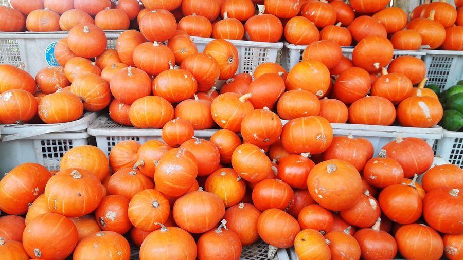 Pumpkins Village Central Java INDONESIA EyeEm Selects Blood Orange Fruit Citrus Fruit Full Frame Backgrounds Market Orange Color Orange - Fruit Close-up Food And Drink Farmer Market Vitamin C Orange Tree Vitamin Nutritional Supplement