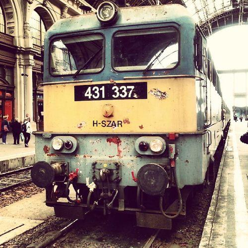 Amikor már a vonatnak is van önkritikája... :-D Szar MÁV Train Shit Budapest Keleti