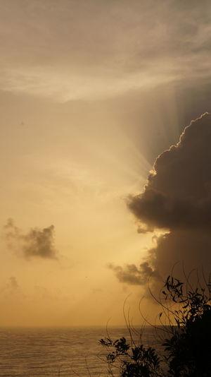 Ray of hope. Sky Collection Skyviewers Silhouette Skyporn Shades Of Nature Shadesofsky Rayofhope EyeEm Best Shots EyeEm Selects EyeEm Best Edits EyeEmBestPics A New Beginning EyeEmNewHere