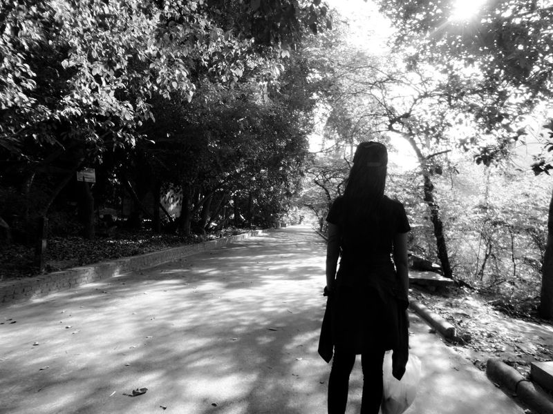 Taking Photos Streetphotography Blackandwhite Nuture Monochrome Taking Photos OpenEdit Light And Shadow