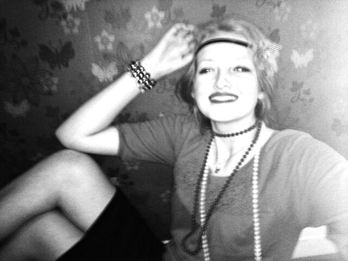 1920 Flapper Girl Blackandwhite Model