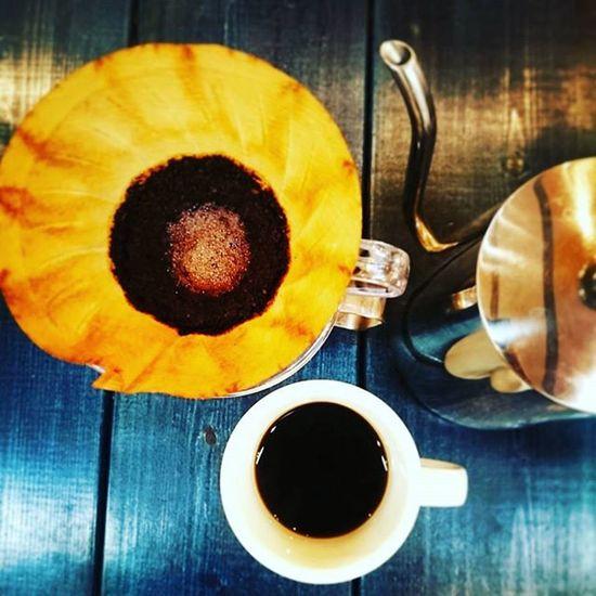 明日11月11日は2周年記念で、珈琲豆お買い上げでドリップコーヒーサービスします。 Knapsackcoffee Coffee Morningcoffee Coffeetime DripCoffee Beans Pourover Hario V60 Sapporo Sapporocafe Hokkaido Hokkaidocafe Coffeestand Ig_hokkaido