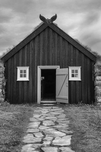 Architecture Bnw_doors Bnw_friday_eyeemchallenge Built Structure Come In The Door Is Open
