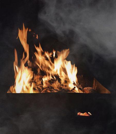 Fire in mist Inferno Bonfire Fireplace