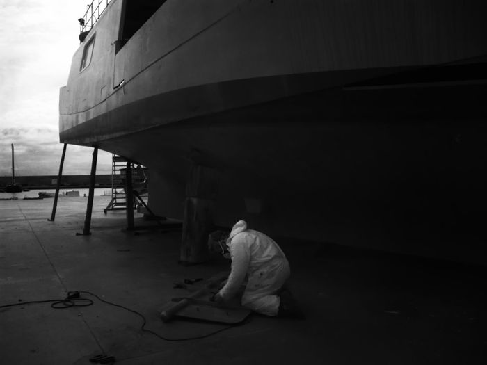 Casual Clothing Day Full Length Infrared Photography Leisure Activity Lifestyles Port Of L'Ametlla De Mar - Tarragona -Spain Repairing Boat Parts