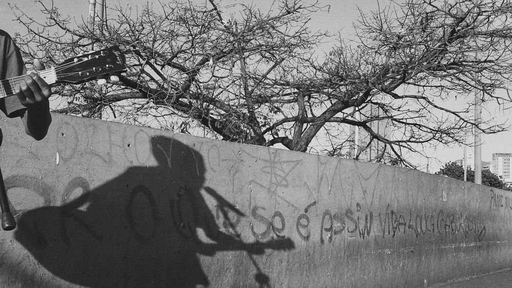 Vida Loka Cabulosa!!! Streetphotography Projetoxnats Subjetivo Poetry Mobograph Mobography Mobgrafiabrasil Mobografia Poesíavisual Subjective Poesiadasimagens Poetryisnotdead Subjetividade Olharsubjetivo Projetoxnats
