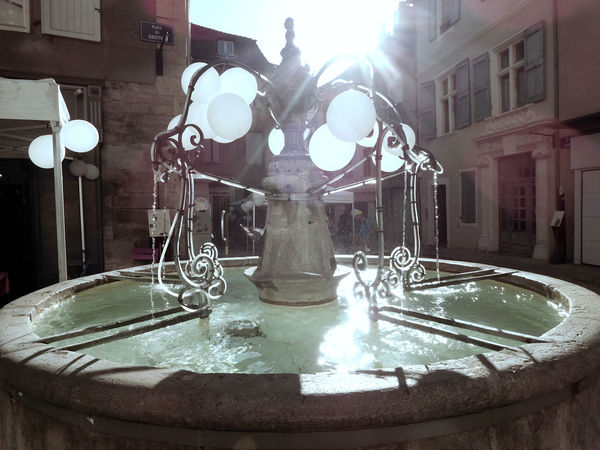 Backlit Celebration City Life Decoration Fountain Light And Shadow Urban Photography Water White Balloons
