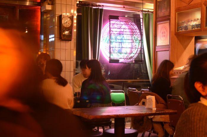 Neon Neon Lights Neon Sign Neon Color Neonlights Food And Drink 연남동 Korea Korea Photos Day Night