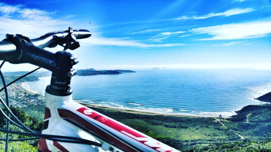 Bom dia EyeEm✨ Bike Bikelife Strava Downhill Bike No People Beach Horizon Over Water Stravacycling Stravaphoto Roadbike Tsw Emerencias Buzios Montainbike
