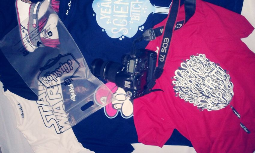 Photoshoot HipsClo_id Tees