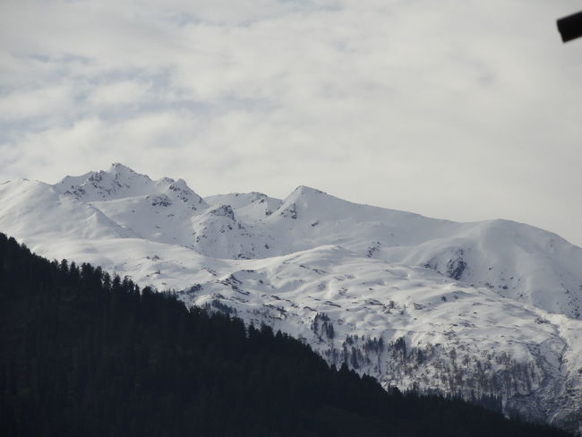 Beauty In Nature Cloud - Sky Cold Temperature Day Environment Landscape Majestic Mountain Mountain Peak Mountain Range Nature No People Non-urban Scene Outdoors Range Scenics - Nature Sky Snow Snowcapped Mountain Tranquil Scene Tranquility Winter