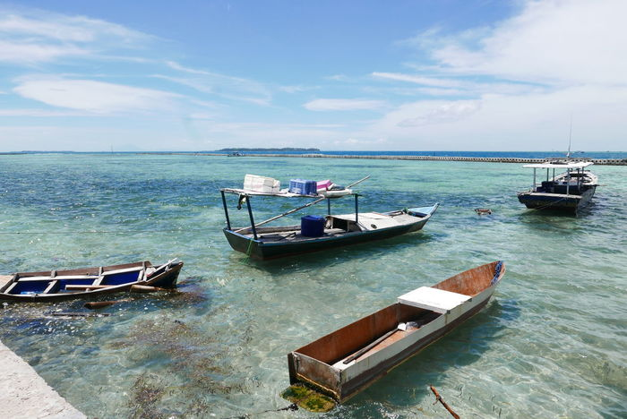 Beach Beauty In Nature Cloud - Sky Day Horizon Over Water Mode Of Transport Moored Nature Nautical Vessel No People Outdoors Scenics Sea Sky Thousand Island Transportation Water