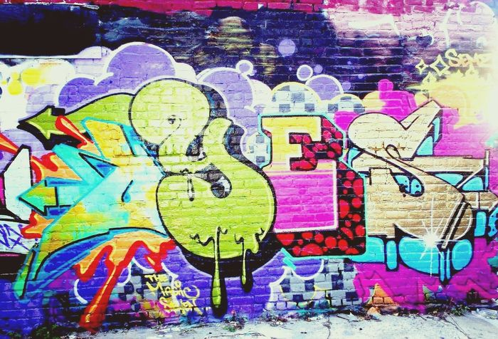 Graffiti Multi Colored Art And Craft Creativity No People Outdoors Close-up Day Beach Nature Sky Model Photo Sport Photography Indoors  First Eyeem Photo Cats Of EyeEm Turkeyphotooftheday Looking At Camera Frozen Graf Christmas Photooftheday FirstEyeEmPic