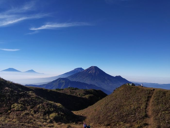 Enjoy the beautiful views over mount rinjani lombok in august 2018