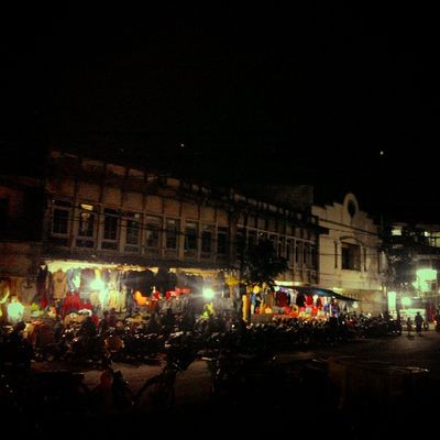 History Oldtown Building Sejarah Gedung Bangunanbersejarah Bandung Market Night Nightview INDONESIA Lenovotography Photooftheday Photophone  Lzybstrd Pocketphotography