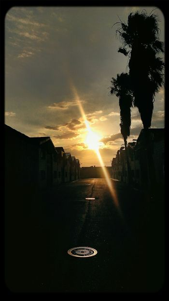 Sunset #sun #clouds #skylovers #sky #nature #beautifulinnature #naturalbeauty #photography #landscape Sunsetsunrise_photo Sunset_collection Sun-collection