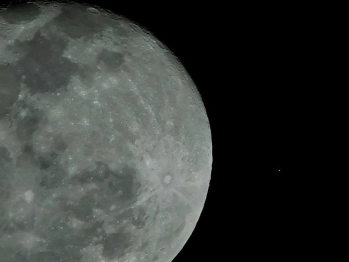 Full moon 07/09/17 Moon Astronomy Night Space Moon Surface Nature Scenics Space Exploration No People Beauty In Nature Sky Close-up Outdoors Half Moon Clear Sky Satellite View