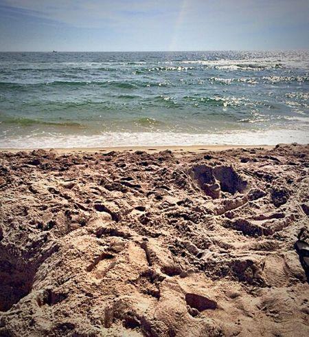Beach Dirt Blue Ocean Sea And Sky Sea Blue Sky At The Beach Beautiful Day Beautiful
