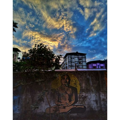 Street Art Cloud - Sky Tree Outdoors No People EyeEm Best Shots Travelingram Indianphotographer Beauty In Nature EyeEmBestPics Eye4photography  EyeEm Best Shots - Nature Indianphotography EyeEm Masterclass EyeEmNewHere EyeEm Selects Wanderersoul Day Nature Low Angle View