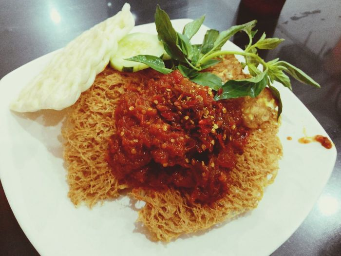Dinner Time Sego Sambel Spicy Traditionalfood Indonesian Food Indonesia Banget Indonesia Culinary Yummy! Try It !!!!