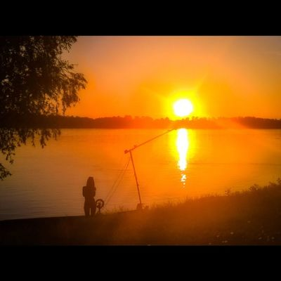 Sunet by the Danube Sunset Sunsetporn Viewmysunset Lumia Lumia930 Lumiaphotography Lumians Instagrammers Igworldclub Instadaily Tgif_sunset Rsa_sky Mik Danube Hungary