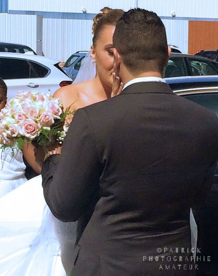 Amour ❤ Bouquet Bride Bridegroom Car Celebration Convives Couple - Relationship Fete Heterosexual Couple Husband Land Vehicle Life Events Love Mariage ❤ Married Men Mode Of Transport Romance Togetherness Transportation Two People Wedding Wedding Dress Wife Lost In The Landscape Connected By Travel EyeEmNewHere