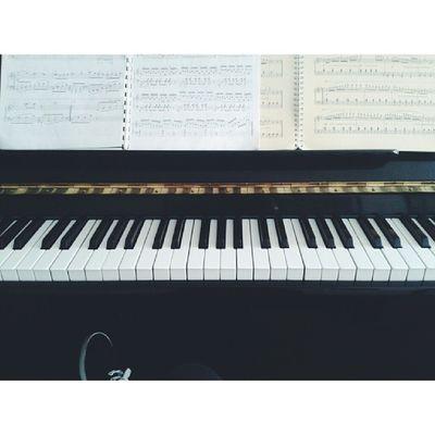 Ders varmış sınav varmış hia !Work Piyano Music Notes vscocamvsschoolderssaati
