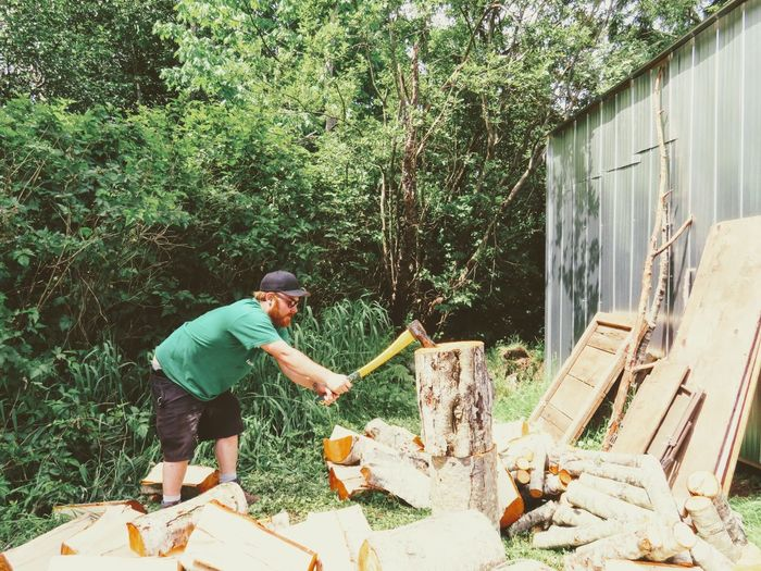 Chopping wood 13546829 The Great Outdoors - 2017 EyeEm Awards Outdoors Day Canadian Adults Only Real People Adult working woo Wood wo WoodLand Lifestyles One Person