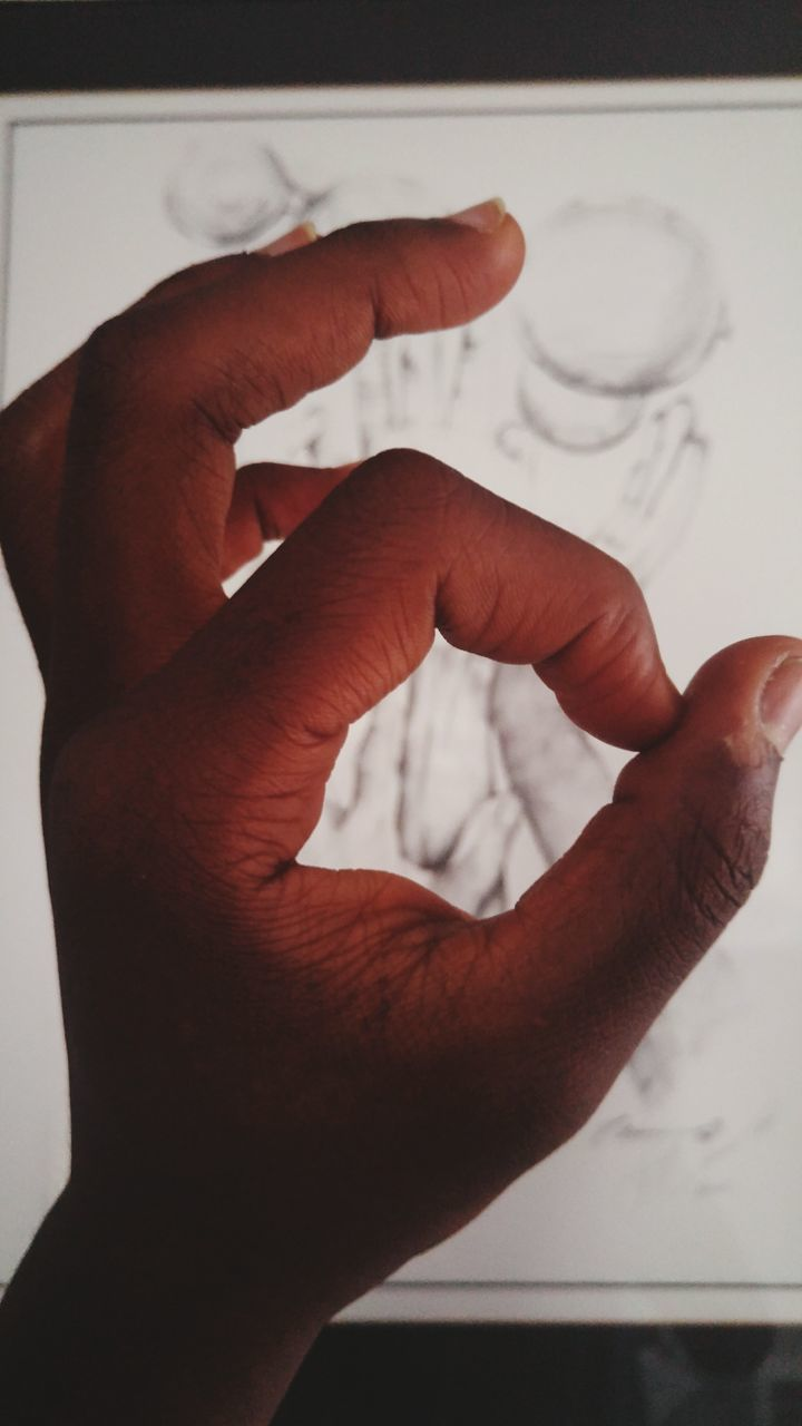 human hand, human body part, human finger, close-up, drawing - activity, men, real people, indoors, day, people