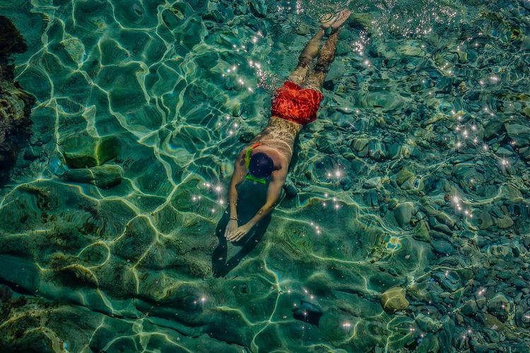 Diving Beauty