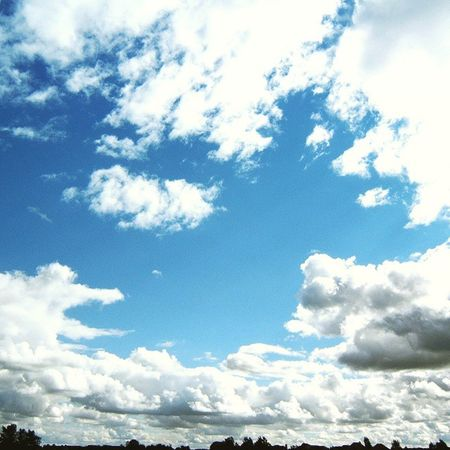 Sky and Clouds in Miltonkeynes Blue Bright