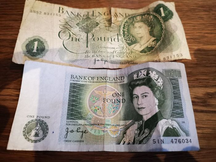Old British One Pound notes. EyeEm Gallery Savings Paper Money Old Money Huawei P20 Pro Huawei P20 Pro Photography Paper Currency Currency Savings Finance Wealth Close-up Budget Banking Money Financial Item Investment Loan  Bill Bank Human Representation