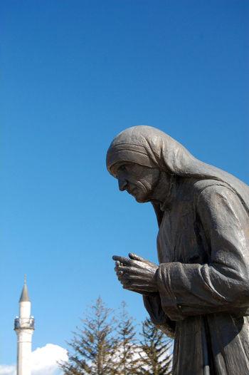 stature of mother teresa in struga,macedonia Albanian Charity Macedonia Monument Mother Teresa Ohrid Saint Skopje Statue Struga Teresa