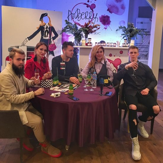 гостиный двор Неделямодывмоскве мода показ дизайнеродежды Москва аноракт
