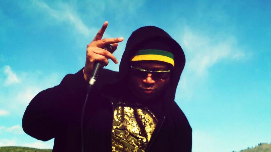 "Reggae That's Me Uplifting Artist Mista Chatman seys: ""KEEP YOUR HEAD TO THE SKY"""