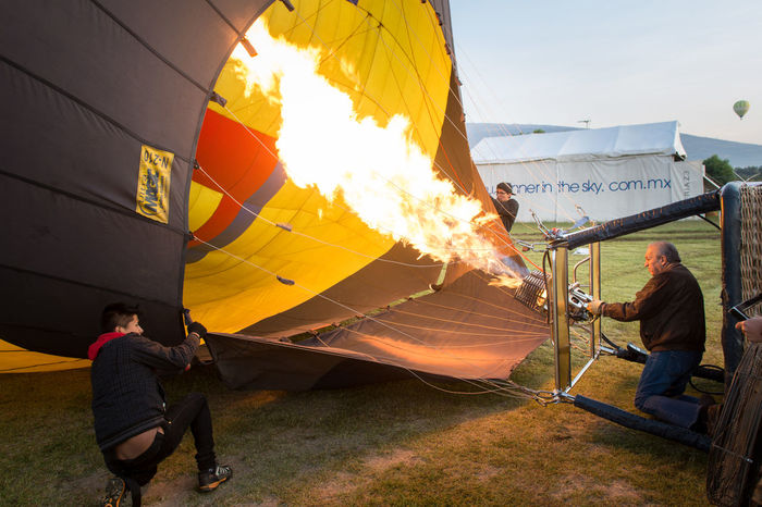 Adults Only Ballon Ballon Trip Burning Early Morning Flame Heat - Temperature Hot Air Balloon Inflating Only Men Outdoors People Pyramids Teotihuacan