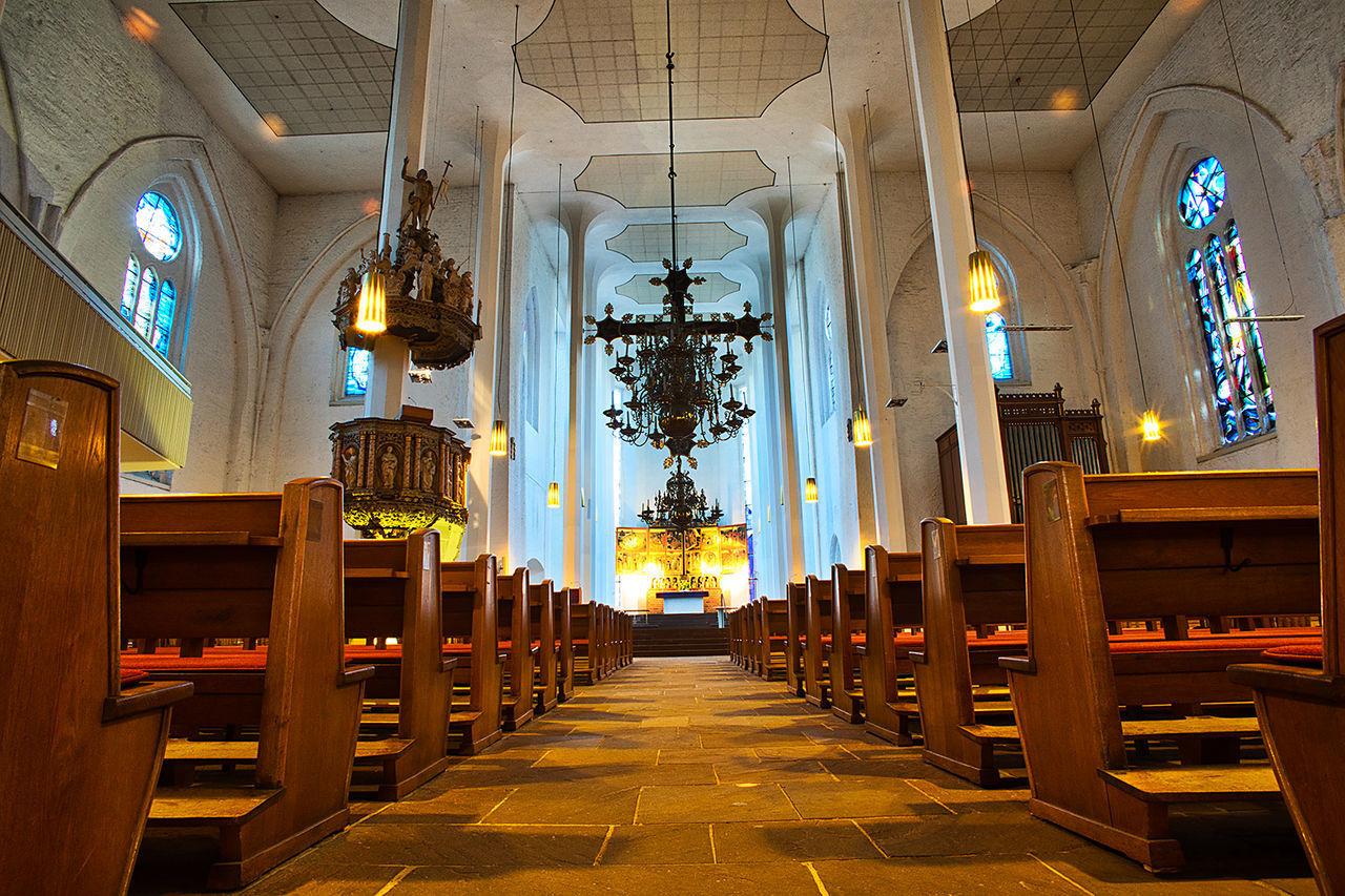 Nicolaikirche Church Kirche Architecture Illuminated Indoors  Place Of Worship Religion Spirituality