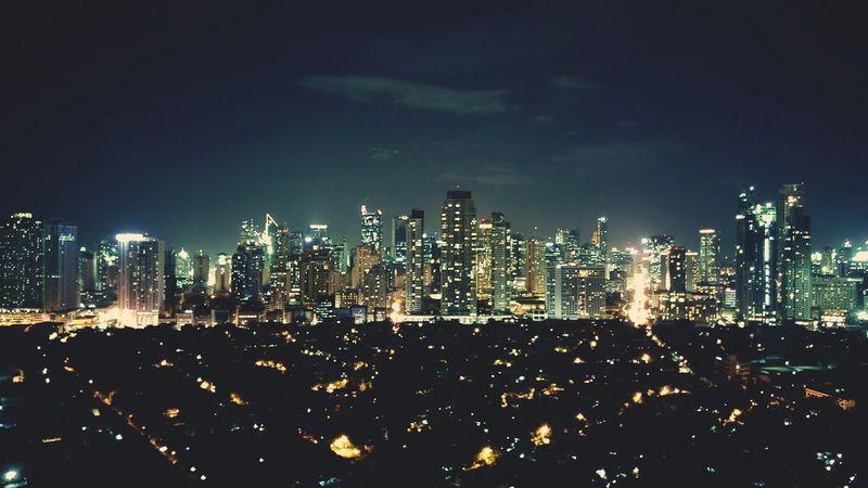 Nightphotography Samsung Galaxy S6 Edge Mobilephotography City Lights City Night Lights Longexposure Eyeem Philippines Long Exposure Light Building Lights Buildings & Sky Buildings The Architect - 2018 EyeEm Awards