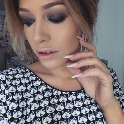 Make Up Makeupartist Makeupaddict Wachclaude Maquillage Maccosmetics Pbcosmetics Mode