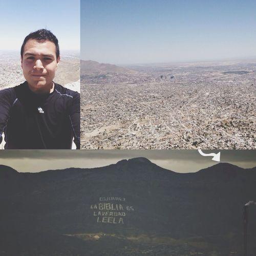 Me subí a una de las montañas más altas de mi ciudad Montains    Portrait Selfie Happy