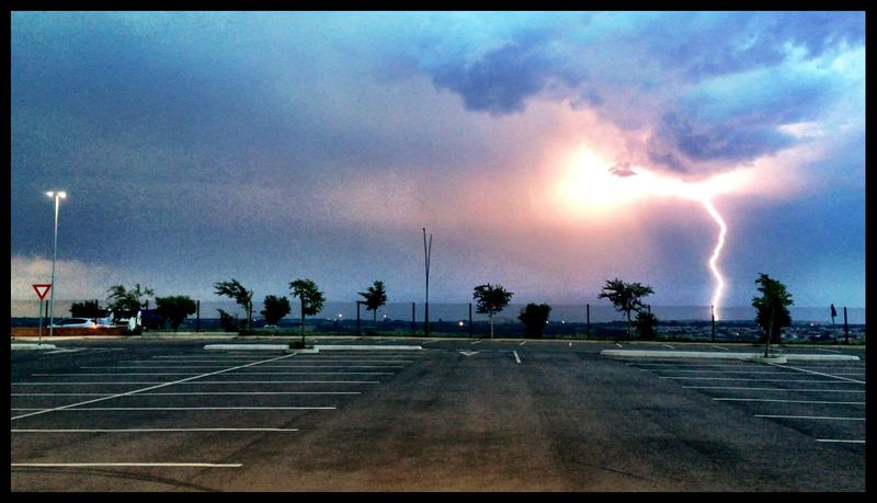 Showcase: December l Lightning Storm South Africa Weatherporn