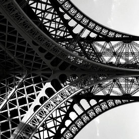 Day 286 - Eiffel Tower angle Paris Blackandwhite Architecture Minimalism Lines Eiffel_tower  365florianmski 365project Day286