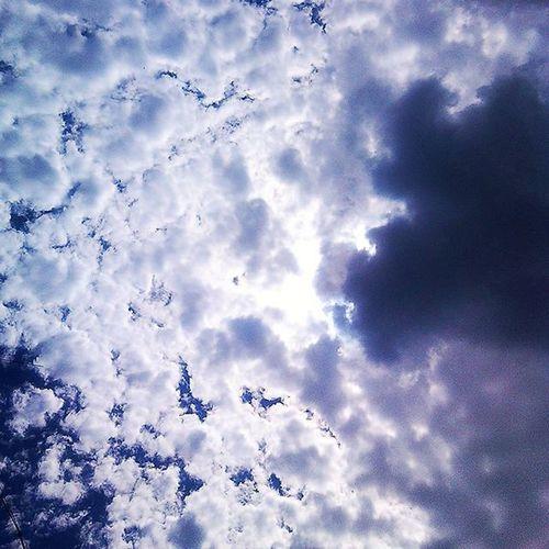 небо хмаринки заворожуютть сонце О3 Blue Sky White Clouds Summer Ozone Mesmerizing Beauty