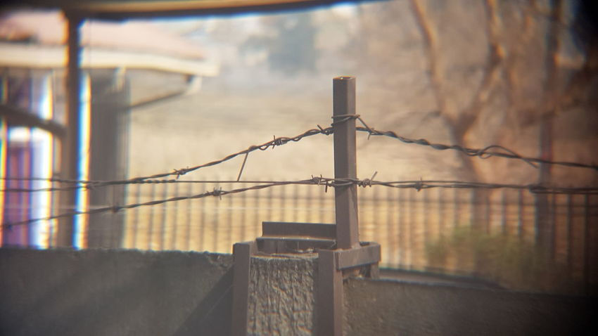 EyeEm Selects Protection Barbed Wire Safety Security Razor Wire Outdoors Day War Exclusion No People Sky City Prison Close-up Confined Space Keep Out! Exploring South Africa South Africa 🇿🇦 Capture The Moment