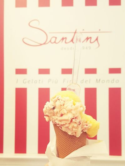 santini 🍦🍦 Ice Cream Oporto Golden City Hanging Out Friendship Relaxing